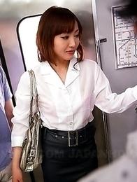 Mami Asakura enjoys in group sex