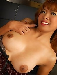 Sexy Asian Babe Muei Naked