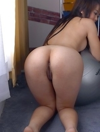 Honey Rym is completely naked and she spreads her ass cheeks wide.