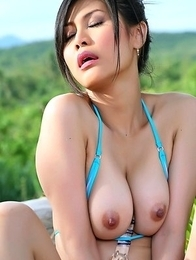 Big Tits Asian Natalie Wang masturbate with glass dildo in outdoors