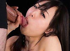 Natsuki Yokoyama Gives Sloppy Cum Covered Blowjob