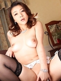 Minako Uchida reveals nasty ass and big tits